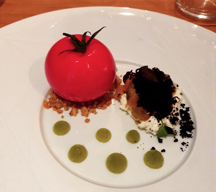 Le fameux trompe-l'œil de tomate du chef Jérémie IZARN